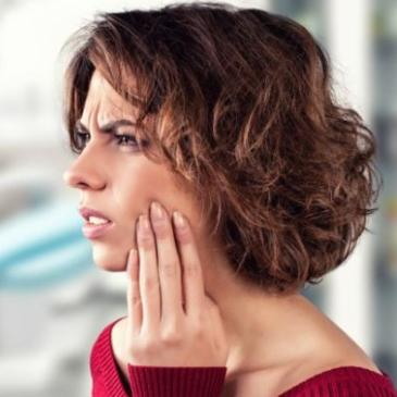 Stawy skroniowo żuchwowe – artykuł naszego osteopaty